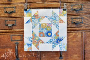 Broken Dishes Quilt Block-Fat Quarter Shop Classic and Vintage Series